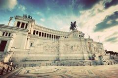 阿尔塔雷della Patria纪念碑在罗马,意大利 葡萄酒 免版税库存照片