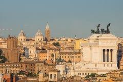 阿尔塔雷della Patria,如被看见从Gianicolo,罗马,意大利 库存图片