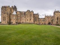 1309年阿尔尼克城堡公爵伯爵英国家其次居住了最大的northumberland percy s 库存照片