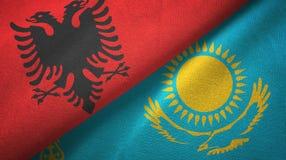 阿尔巴尼亚和哈萨克斯坦两旗子纺织品布料,织品纹理 皇族释放例证