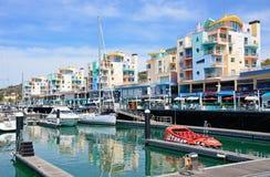阿尔布费拉小游艇船坞和江边,葡萄牙 免版税库存图片