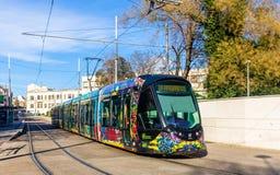 阿尔斯通Citadis 402电车在蒙彼利埃,法国 免版税库存图片