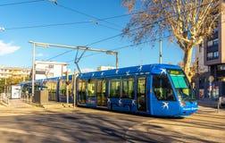 阿尔斯通Citadis 401电车在蒙彼利埃 免版税库存照片