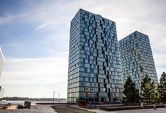阿尔梅勒,荷兰- 10月18 :现代阿尔梅勒市中心建筑学  荷兰 库存照片