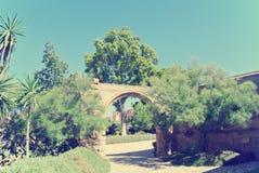 阿尔梅里雅Alcazaba庭院在一个晴天;减速火箭的样式 图库摄影