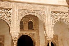 阿尔汉布拉阿拉伯雕刻nasrid宫殿 库存照片