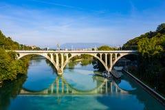 阿尔沃河鸟瞰图隆河汇合在日内瓦Switzerl 图库摄影