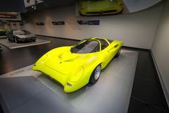 阿尔法・罗密欧在显示的33/2小轿车Speciale模型在历史博物馆阿尔法・罗密欧 图库摄影