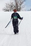 阿尔玛蒂,哈萨克斯坦- 2017年2月18日:在速度滑雪学科的非职业竞争,以名义 免版税库存图片