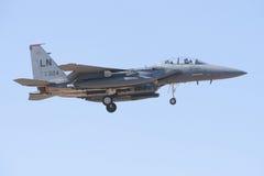 阿尔瓦萨特,西班牙- 4月11 :军用喷气式歼击机在阿尔瓦萨特空军基地, 2012年4月11日的Los Llanos (TLP)的示范时在A 免版税库存照片