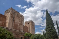 阿尔罕布拉宫的美丽的摩尔人堡垒在格拉纳达,安大路西亚 库存图片