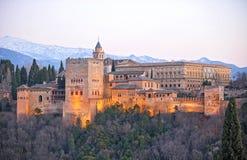 阿尔罕布拉宫,格拉纳达,西班牙的宫殿的全景日落的 图库摄影