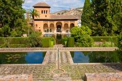 阿尔罕布拉宫de格拉纳达的El Partal 免版税库存图片