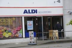 阿尔迪杂货和食物STORE_GERMAN链子市场 免版税库存照片