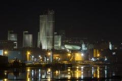 阿尔巴尼, NY在晚上 库存照片