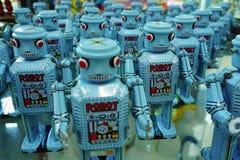 阿尤特拉利夫雷斯,泰国:蓝色机器人游行收藏 库存图片