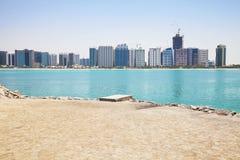 阿布扎比地平线阿拉伯联合酋长国 免版税库存图片
