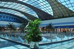 阿布扎比小游艇船坞购物中心在阿拉伯联合酋长国 免版税库存照片
