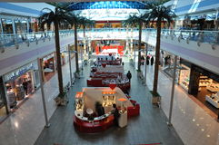 阿布扎比小游艇船坞购物中心在阿拉伯联合酋长国 库存图片