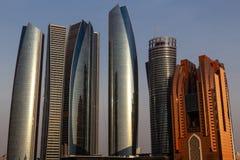 阿布扎比市地平线,阿拉伯联合酋长国 免版税图库摄影