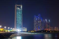 阿布扎比风景在晚上,阿拉伯联合酋长国 免版税库存照片