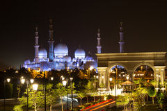 阿布扎比Zayed White Mosque回教族长 库存照片