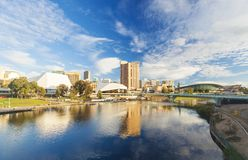阿德莱德市在白天期间的澳大利亚 库存图片