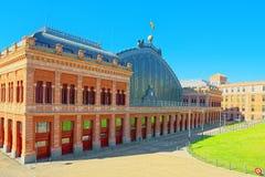 阿托查在广场del恩佩拉多卡洛斯五世Empero的火车站 图库摄影