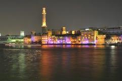 阿拉伯人bur迪拜酋长管辖区晚上团结了 库存照片