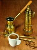 阿拉伯和希腊咖啡的传统集 免版税库存图片