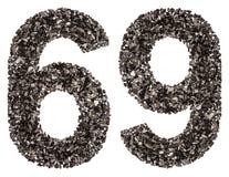 阿拉伯数字69,六十九,从黑色一块自然木炭,是 免版税库存照片