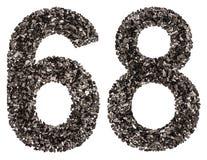 阿拉伯数字68,六十八,从黑色一块自然木炭, i 库存图片