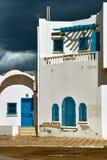 阿拉伯样式的白色房子在杰尔巴岛 免版税库存照片