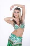 阿拉伯美丽的肚皮舞表演者 免版税库存图片