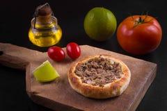 阿拉伯肉sfiha 免版税库存图片