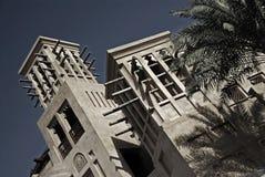 阿拉伯黄昏windtowers 免版税库存照片