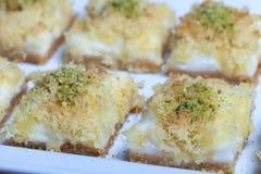 阿拉伯konafa甜点的特写镜头 库存图片