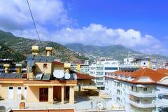 阿拉尼亚,土耳其, 2017年7月:土耳其旅馆别致的顶楼  免版税库存照片