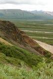 阿拉斯加山脉的峭壁 免版税库存照片