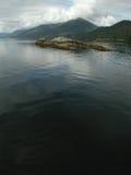 阿拉斯加海湾有薄雾的纪念碑国家美&# 免版税库存图片