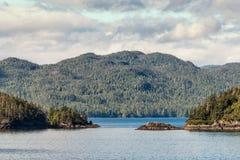 阿拉斯加里面段落海岛 免版税图库摄影