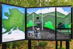 阿拉斯加-跨阿拉斯加管道教育显示2 库存照片