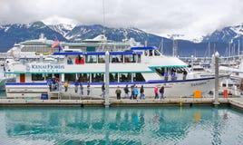 阿拉斯加Seward Kenai海湾浏览小船 免版税图库摄影