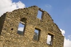 阿拉贡离开的村庄,比利牛斯山的,韦斯卡省,西班牙 库存照片