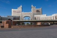 阿斯塔纳,哈萨克斯坦- 2017年9月13日:现代大厦-分 免版税库存照片