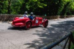 阿斯顿・马丁一辆老赛车的阿尔斯特1935年在集会Mille Miglia 2017 5月19日的著名意大利历史种族1927-1957 免版税库存图片