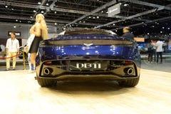 阿斯顿・马丁DB 11跑车在迪拜汽车展示会2017年 库存照片