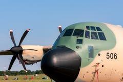 阿曼洛克西德・马丁C-130J赫拉克勒斯军事运输航空器英国皇家空军  免版税图库摄影