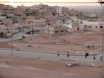 阿曼,约旦- 2008年11月5日:日落的城市。 免版税库存图片
