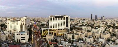 阿曼abdali区域和第五个圈子新的街市的看法  免版税库存图片